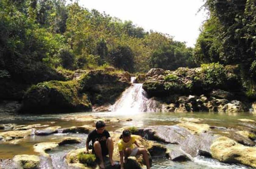 Moncar Waterfall