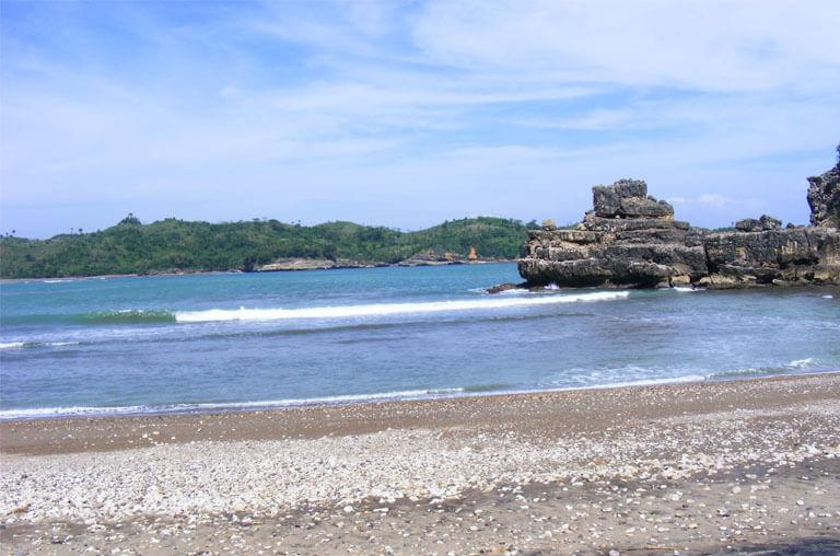 Serang Beach